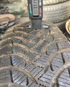 185/60R15 Michelin Alpin A4. Фото 4