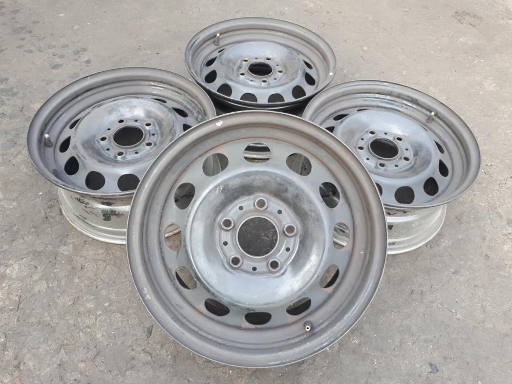 R16 5x120 BMW 1 Series