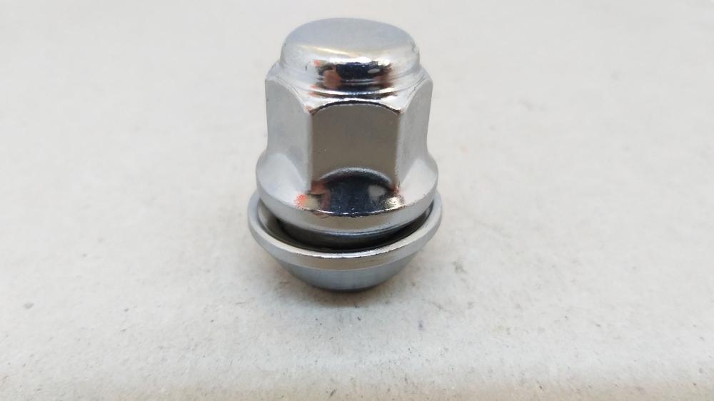 Гайка закрита FORD 12x1.5x35 конус кл.19 хром