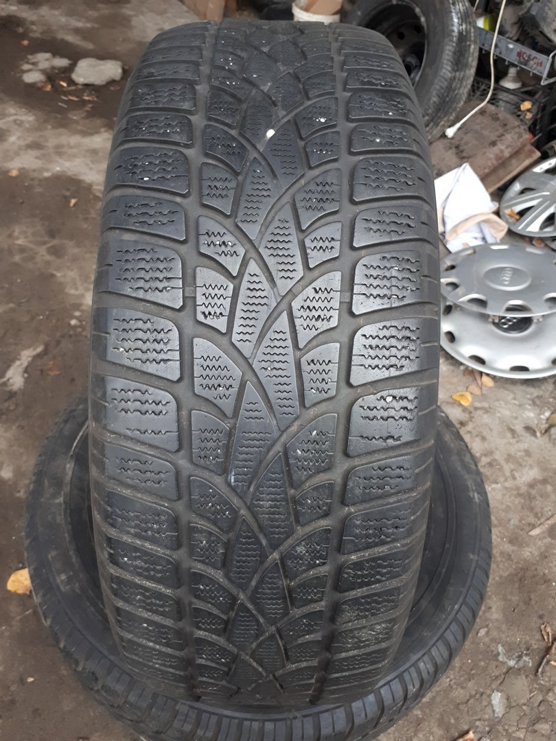 235/60R17 Dunlop SP Winter Sport 3D