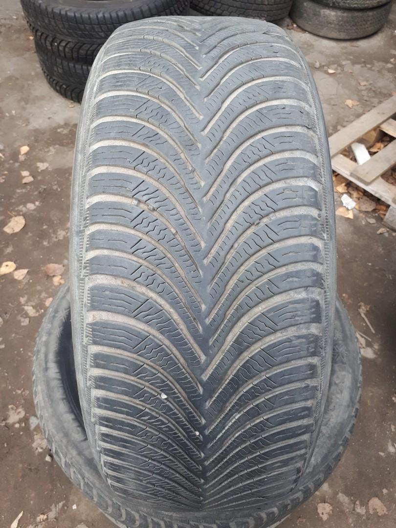 215/60R16 Michelin Alpin 5