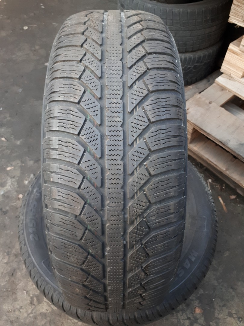 215/65R16 Semperit Master-Grip 2