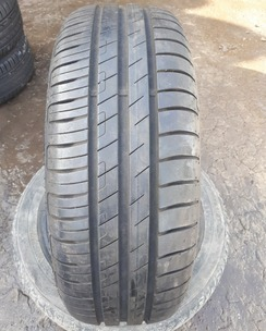 195/60R15 Goodyear EfficientGrip Performance