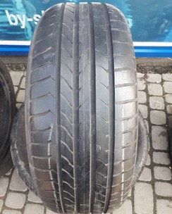 235/55R17 Goodyear EfficientGrip