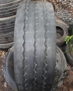 235/75R17.5 Pirelli ST01